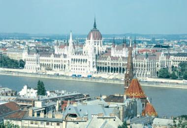 Βουδαπέστη (αεροπορικώς)
